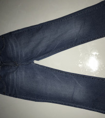 Capri traper hlače