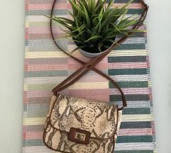 H&M mala zmijska torbica