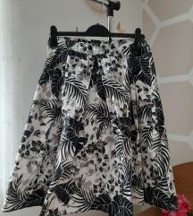 Suknja  s cvjetnim uzorkom