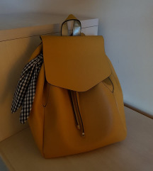 ZARA žuti ruksak *REZERVIRANO*