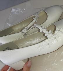 Nove Monsoon cipele na petu za curice