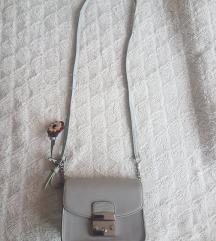 Svijetloplava torbica