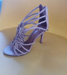 Štikle-sandale