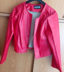 Crvena nova kratka tanka kozna jaknica