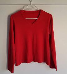 Crvena majica, tanki pulover