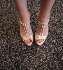 Shoebox štikle sandale