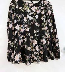 RESERVED cvjetna lepršava bluza
