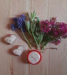 Okoločna krema s hijuralonskom kiselinom