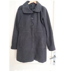 Sivi dugački zimski kaput, veličina M
