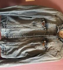 Traper jakna sa zakovicama