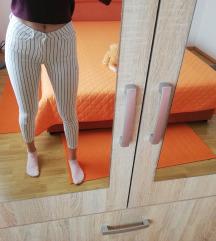 Prugaste hlače