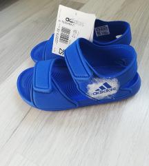Adidas sandale 28
