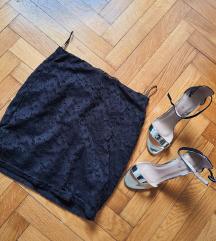 Čipkasta mini suknja