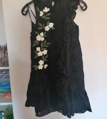 Zara crna cvjetna haljina