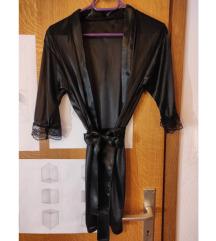 Crni svileni ogrtač sa čipkastim detaljima, XS/S