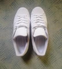 Adidas Superstar bijele 42,5