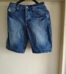 Prodajem djcije hlače traper