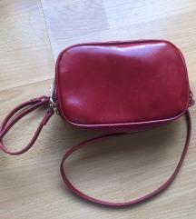 Crvena torbica lakirana P&b