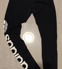 10,00 kn Tajice Adidas S