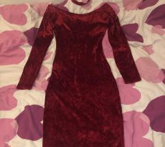 Crvena baršunasta  haljina