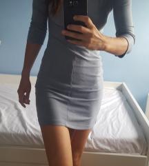 Hennes haljina