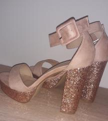 SNIŽENO %%% Sandale s glitter petom - puder roza