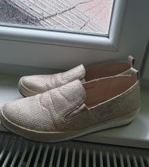 Bež zlatne cipele