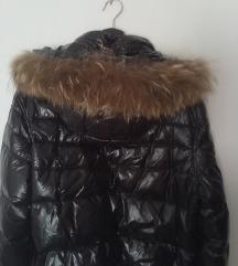 X-CAPE crna jakna s rakun krznom sniženo