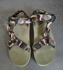 Zara sportske sandale