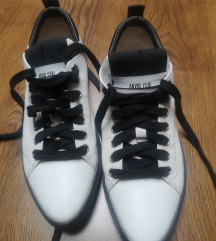 Arvid Yuki br 38 cipele tenisice