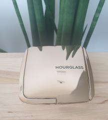 Hourglass Radiant Bronze Light