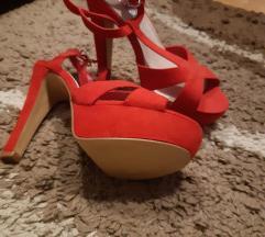Sandale na petu