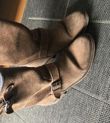 Tommy Hilfiger čizme (snižene sa 350)
