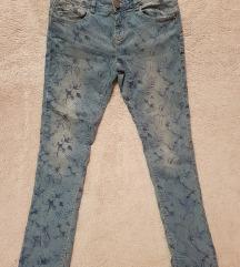 Cvjetne traperice nove 158cm