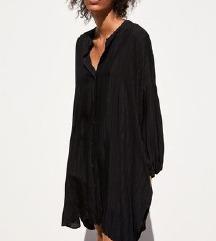 Crna prugasta haljina