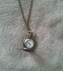 Novi vintage sat  na privjesku