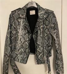Kožna jakna s uzorkom