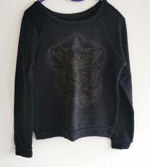 Crna majica s printom