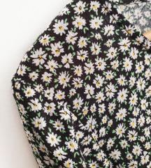 BERSHKA floral romantična bluzica NOVA