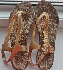 Ipanema zlatne sandale - cijena s pt