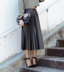 Plisirana suknja Stradivarius kozna