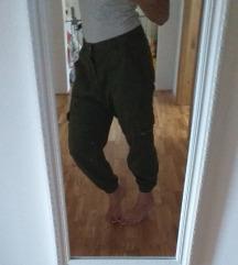 Zara hlače 38 oversize