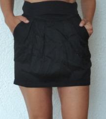 Nova H&m crna suknja 36/38 visoki struk