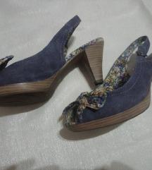 Traper sandale s cvjetnim uzorkom