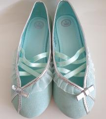 HM plave šljokaste balerinke