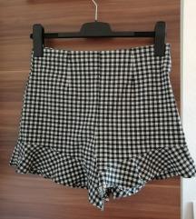 Zara karirane kratke hlače