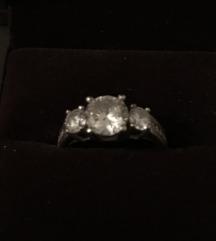 Srebrni prsten, cirkoni