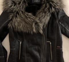 Guess zimska jakna