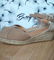 Betty London sandale NOVE