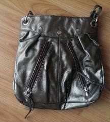 Srebrno siva torbica